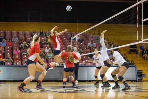 Volleyball Roundup: RMU vs. St. Francis