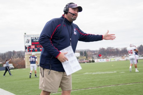 Farison promoted to assistant head coach