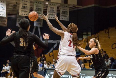 Women's basketball roundup: RMU vs. Wagner