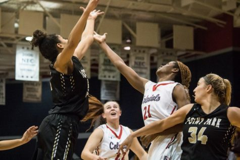Women's basketball roundup: RMU vs. Deleware