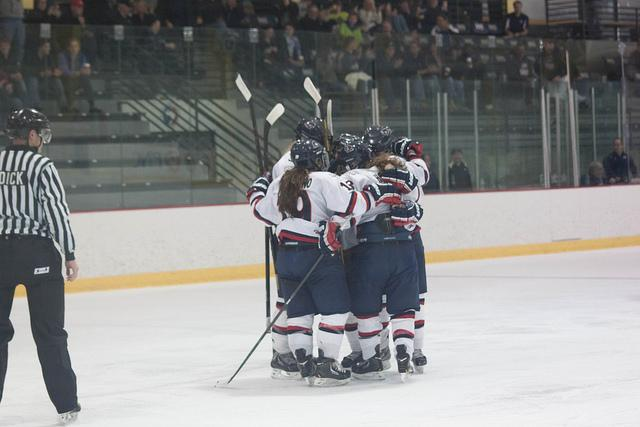Colonials+bounce+Vermont+in+first+game+of+series+
