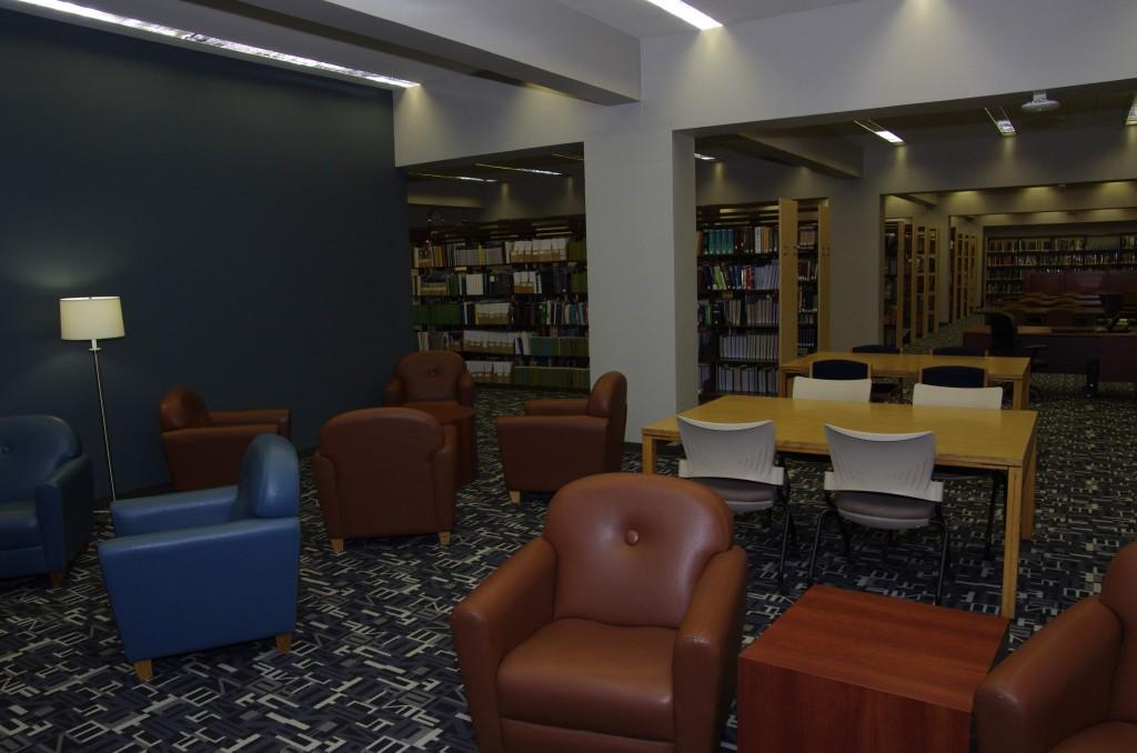 The+library+underwent+a+complete+renovation+over+winter+break+to+make+it+more+attractive+to+students.