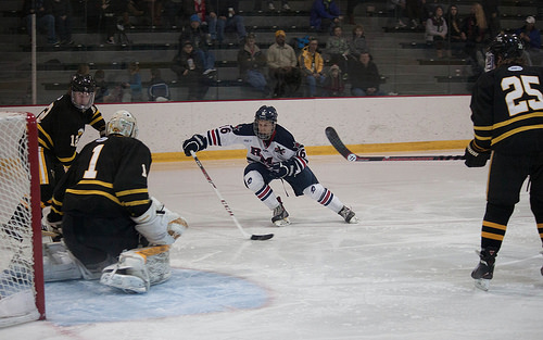 Colonials finish AIC series with 5-2 victory