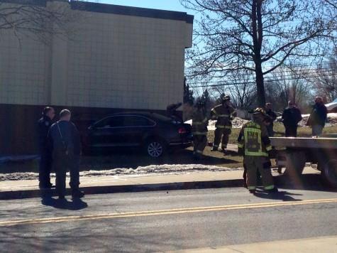 Car crashes into Revere Center