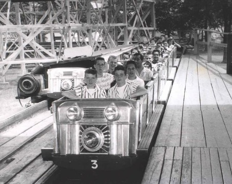 The predecessor of Kennywood's Thunderbolt, The Pippin (pictured here in the late 1950s/ early1960s) featured the same trains the Thunderbolt currently utilizes.  2014 will mark the return of the train headlights.  The center will feature a new light with a glowing Thunderbolt 'T'.