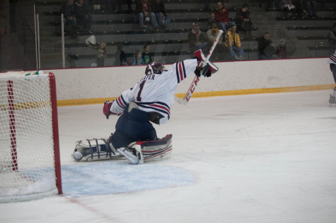 Shafer reaches for a save against AIC.