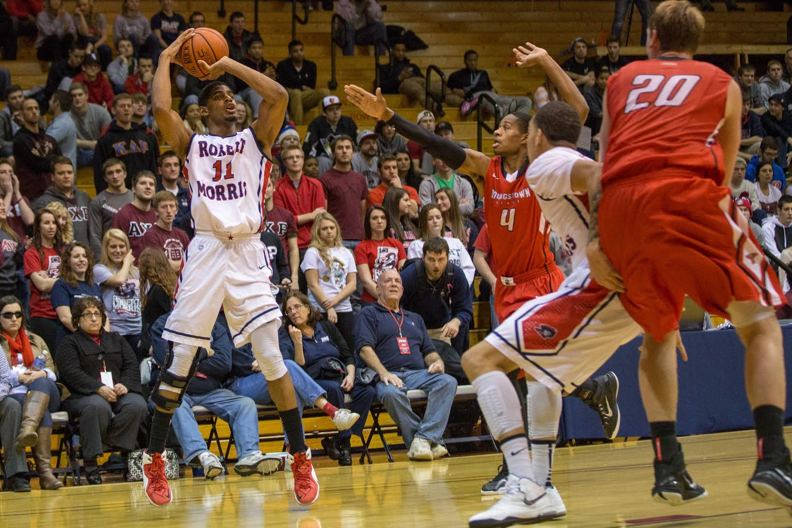 Rodney Pryor scored 14 points for RMU Tuesday night, but it wasn't enough to overcome Youngstown State.