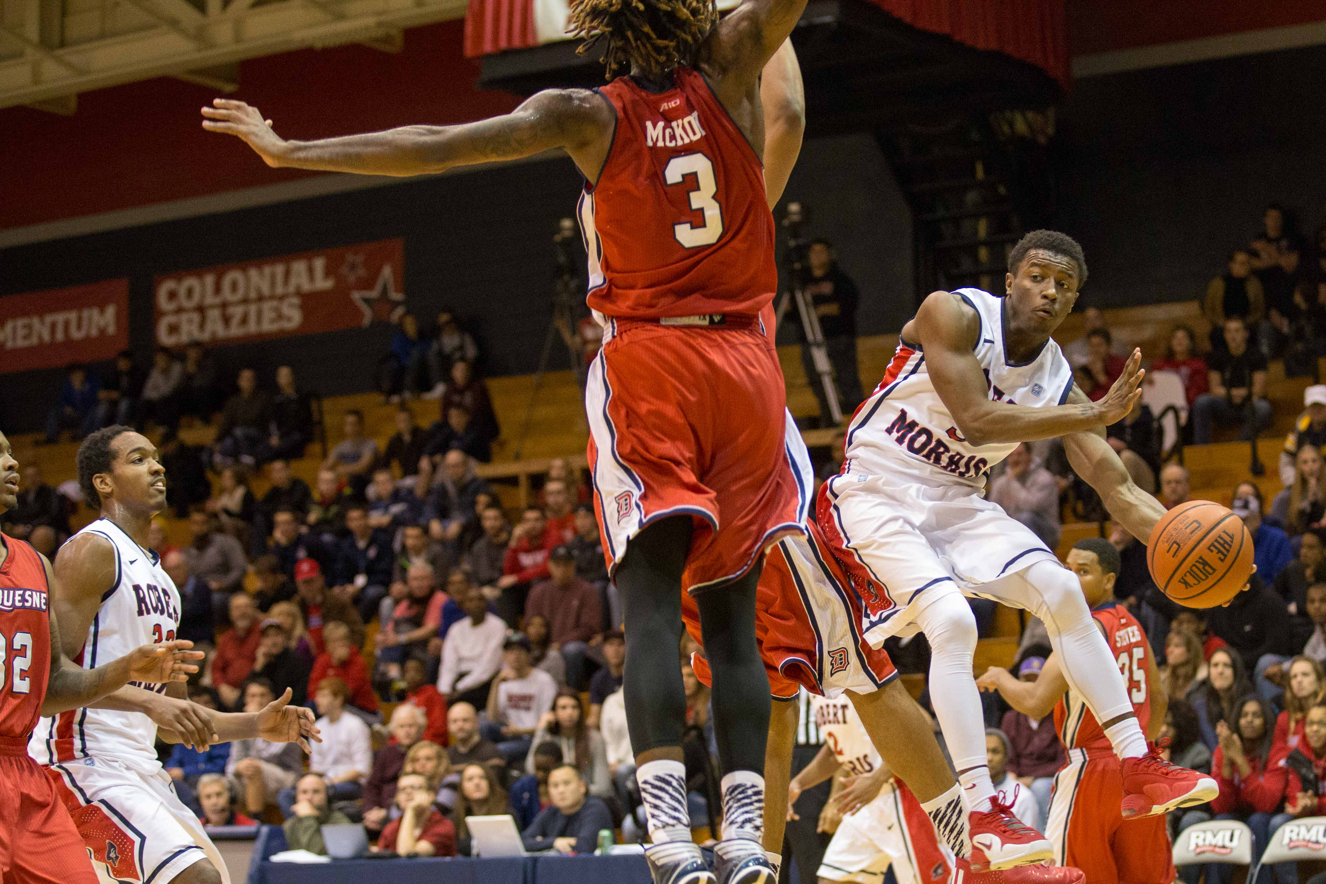 Kavon Stewart finished with 12 points and 11 assists as RMU rolled over A-10 foe  Duquesne.