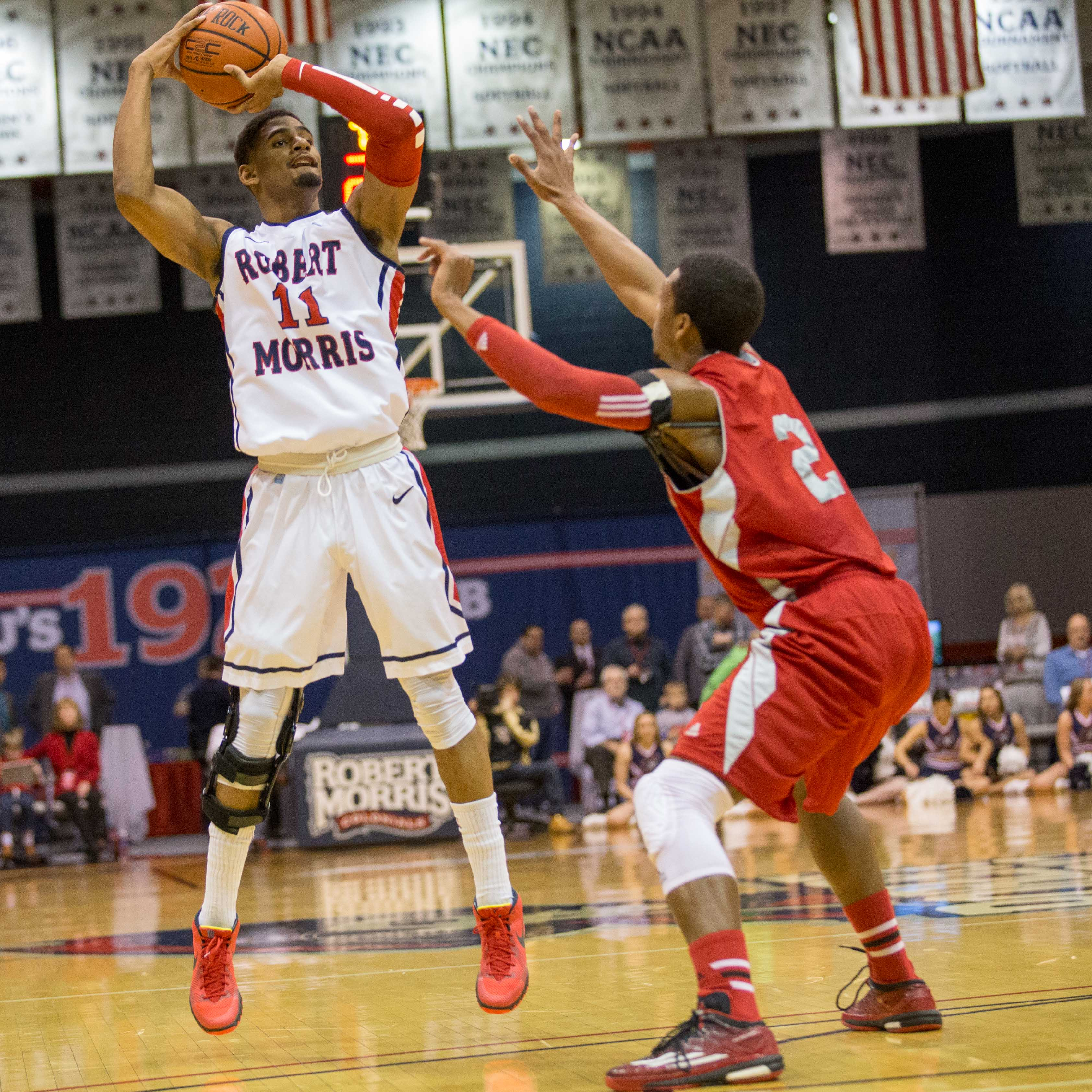Rodney Pryor supplied 15 points for the Colonials.
