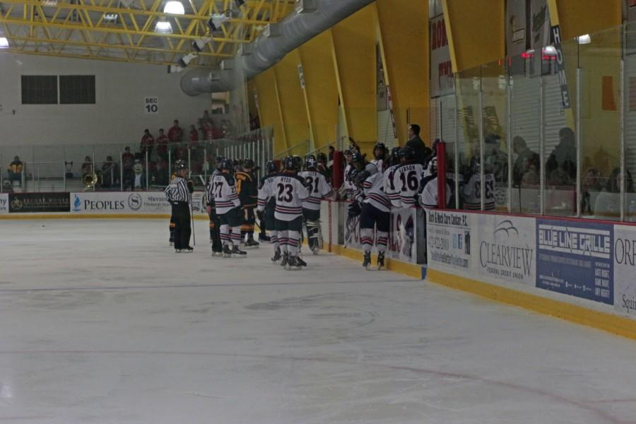 No. 20 RMU grinds out 2-1 victory over Niagara on senior day