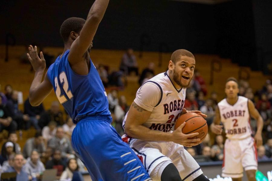 Aaron+Tate+tipped-in+a+Marcquise+Reed+floater+as+time+expired+to+propel+RMU+to+a+53-52+win+over+CCSU.+