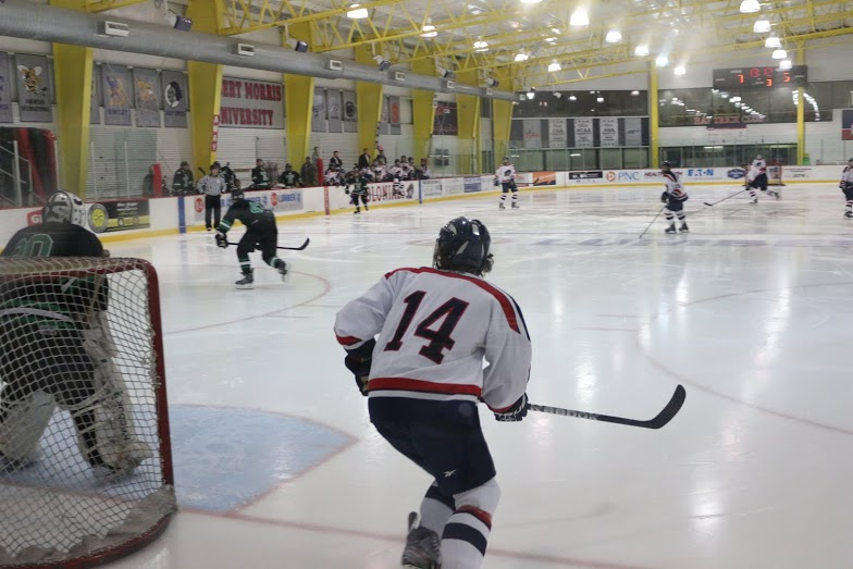 The+RMU+ACHA+D1+hockey+team+scored+seven+goals+in+the+first+two+periods+en+route+to+a+9-5+win+over+Slippery+Rock.