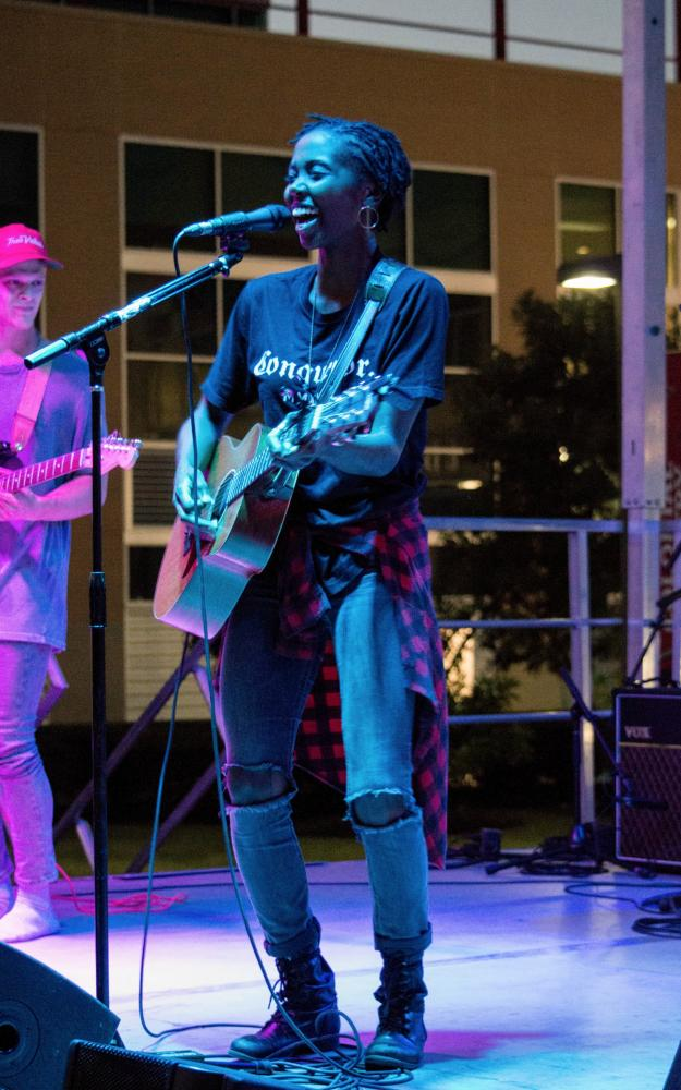 As part of Homecoming weekend at RMU, two RMU alumni and musical artists preformed on the front lawn.