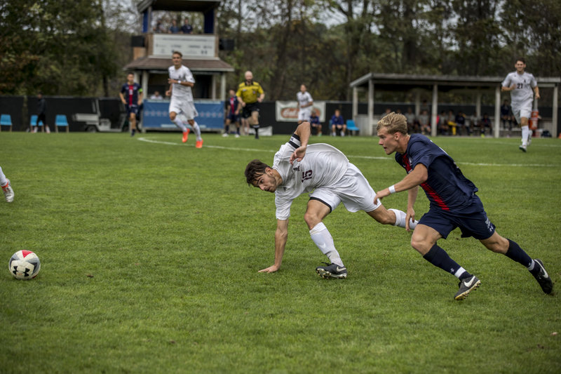 Men's soccer falls to FDU