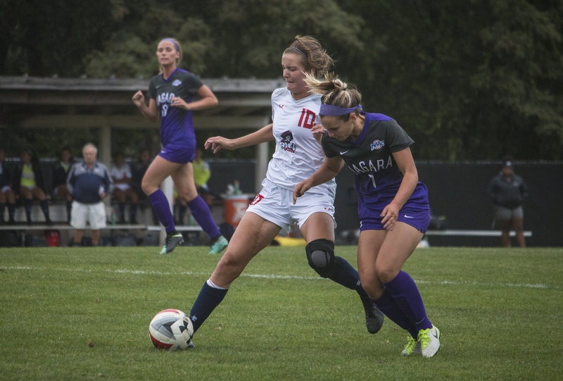 Sacred Heart shuts out Colonials 1-0