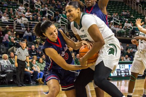 Spartans reach century mark in 100-58 victory over Colonials