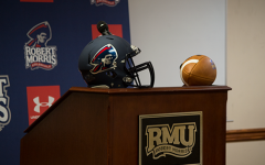 Colonials sign JUCO transfer lineman on Christmas Eve