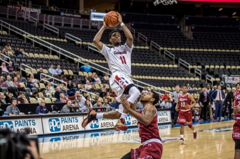 Men's Basketball: RMU vs Rider