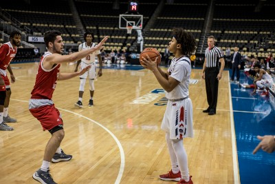 Men's Basketball: RMU vs Sacred Heart