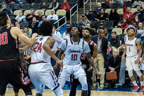RMU falls to Seahawks in battle for NEC supremacy