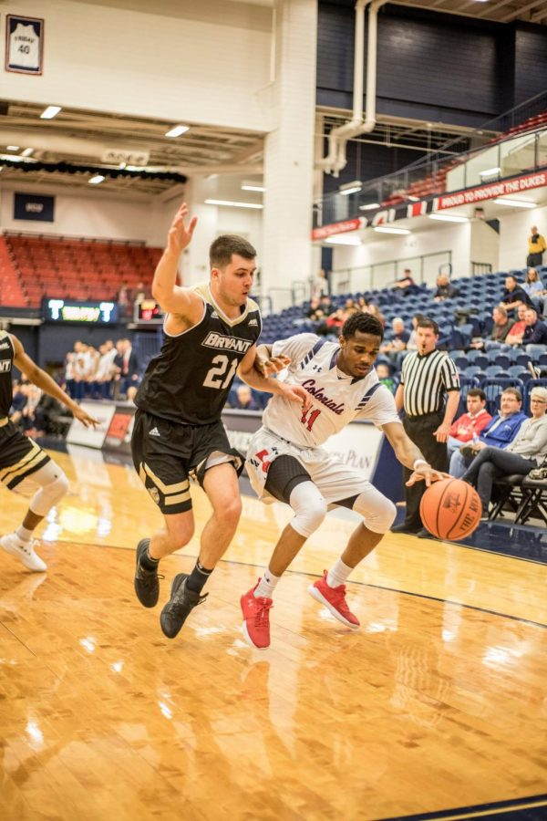 Men's basketball plays Wagner in NEC semis