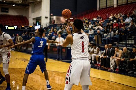 RMU men's basketball battles to keep season alive in the NEC quarterfinals