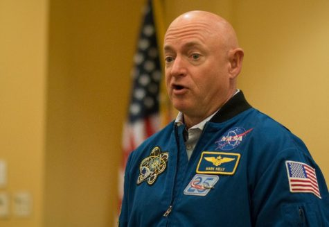Astronaut Mark Kelly speaks at RMU