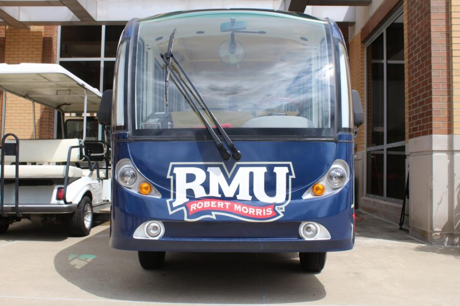 RMU+buys+the+Bobby+Mobile+for+tours