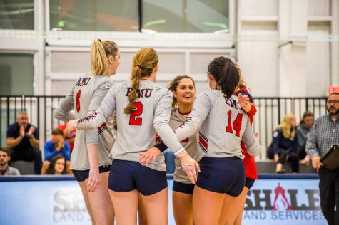 Colonials beat Penguins in four sets