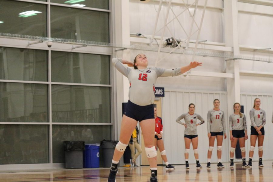Volleyball mounts comeback against Kent State