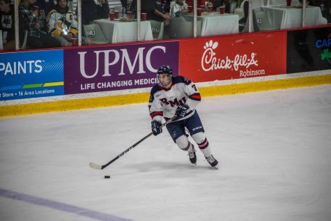 Colonials fall to Niagara in game two