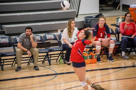 Volleyball falls on senior night