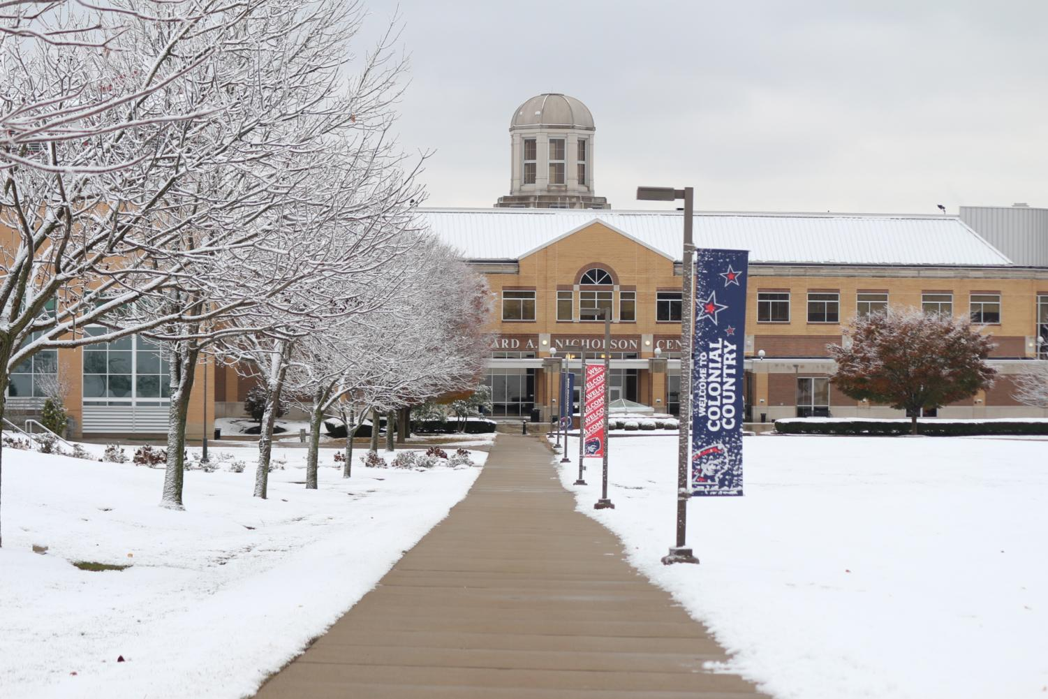 Snow blanketed Robert Morris campus shortly before Thanksgiving break.