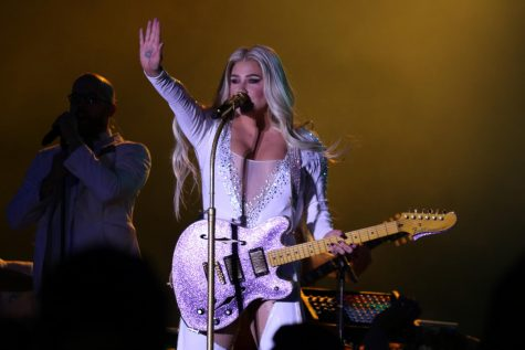 Kesha performed on Liberty Ave. in Pittsburgh Nov. 3 to benefit the Jewish Federation's Victims of Terror fund.