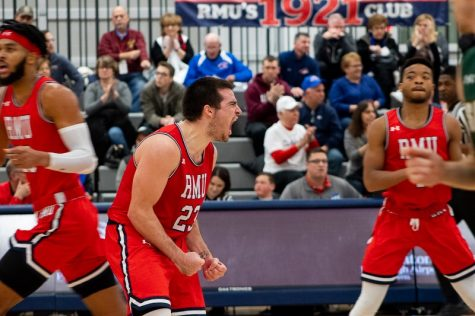 Preview: Men's basketball travels to Louisville