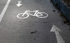 Photo of a bike lane on a road. Photo Credit: (MGN Online)