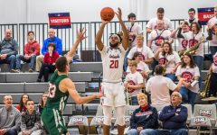 Robert Morris holds on against Mount St. Mary's