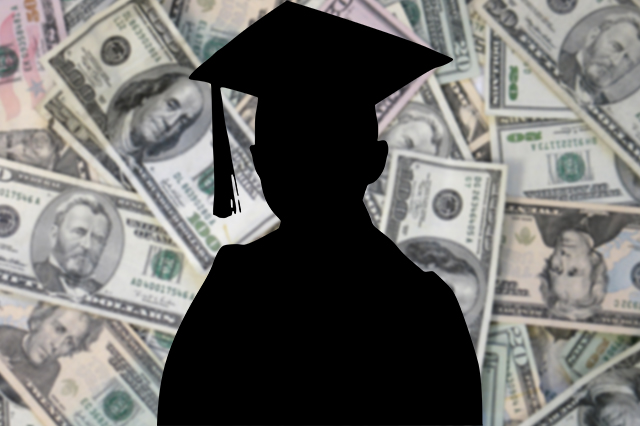 OPINION: There is a college debt crisis
