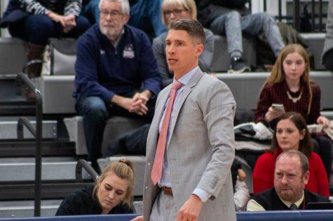 MOON TOWNSHIP -- Robert Morris men's basketball head coach Andy Toole mans the sideline against Siena. Dec. 8, 2018 (Sam Anthony/RMU Sentry Media) Photo credit: Samuel Anthony