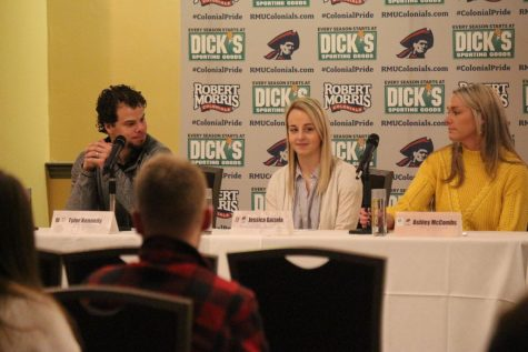 Women's hockey holds mental health panel