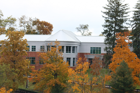 Robert Morris University looks beautiful in autumn as the leaves change. A picture of the business building on the campus of RMU.