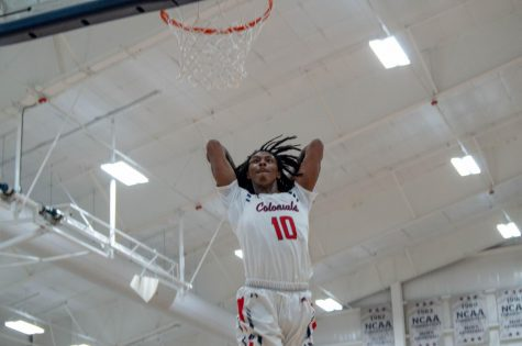 Thomas, Colonials dunk on Blackbirds