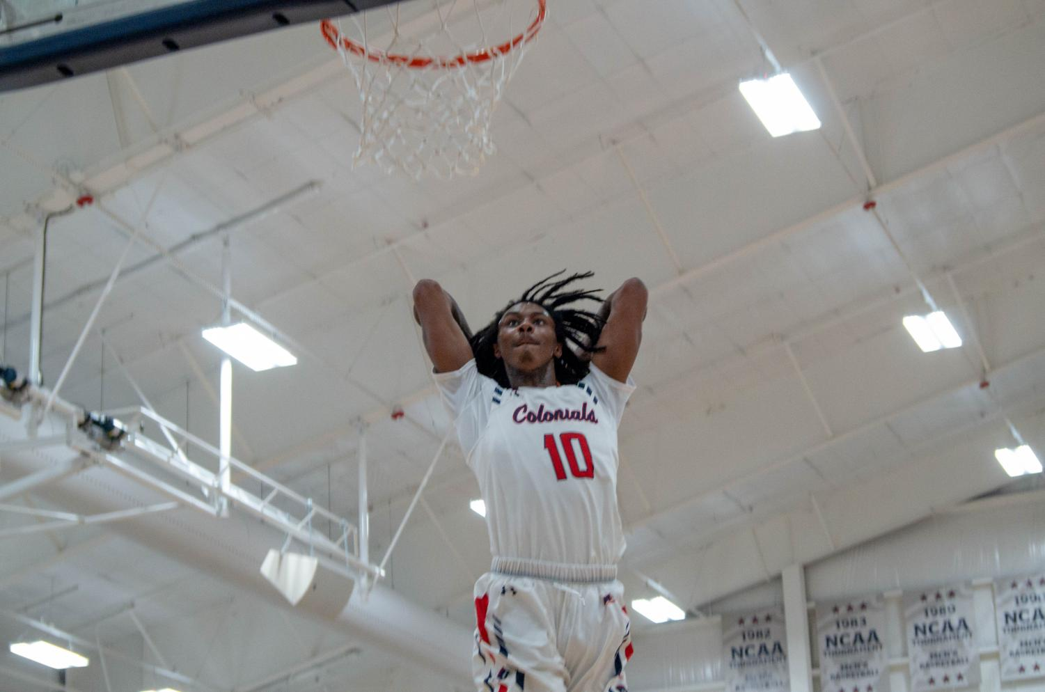 MOON TOWNSHIP -- Koby Thomas dunks against LIU Brooklyn on Febuary 21, 2019 (Mike Evans/RMU Sentry Media). This was the signature moment in the team's win.