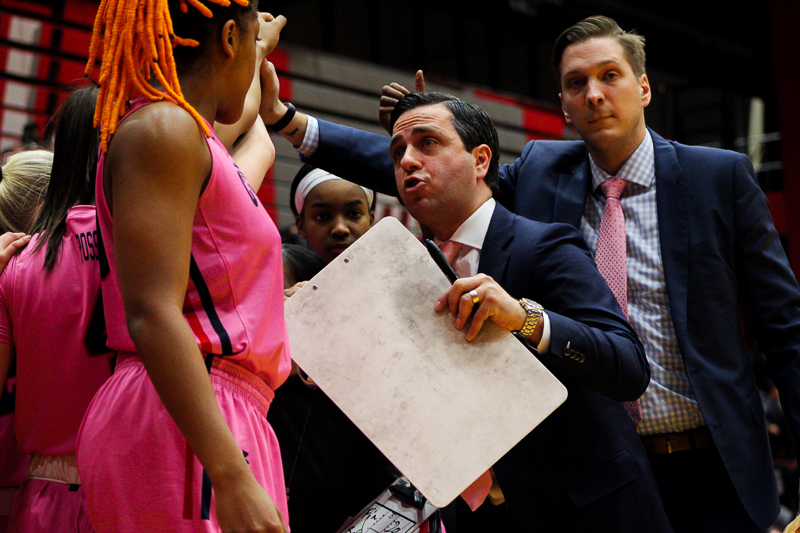 RMU+Women%27s+Basketball+head+coach+Charlie+Buscaglia+preaches+to+his+team+during+a+media+timeout.+Loretto%2C+PA+Feb.+18%2C+2019.+%28RMU+Sentry+Media%2FSamuel+Anthony%29