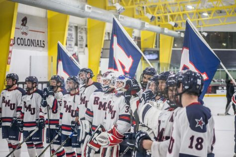 Men's hockey sweeps Holy Cross in round one of Atlantic Hockey playoffs