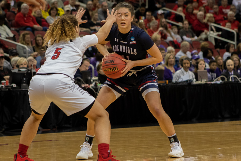 Natalie Villaflor stands with the ball at the top of the arc in the NCAA tournament. March 27, 2019 Louisville Ky. (Samuel Anthony/RMU Sentry Media)