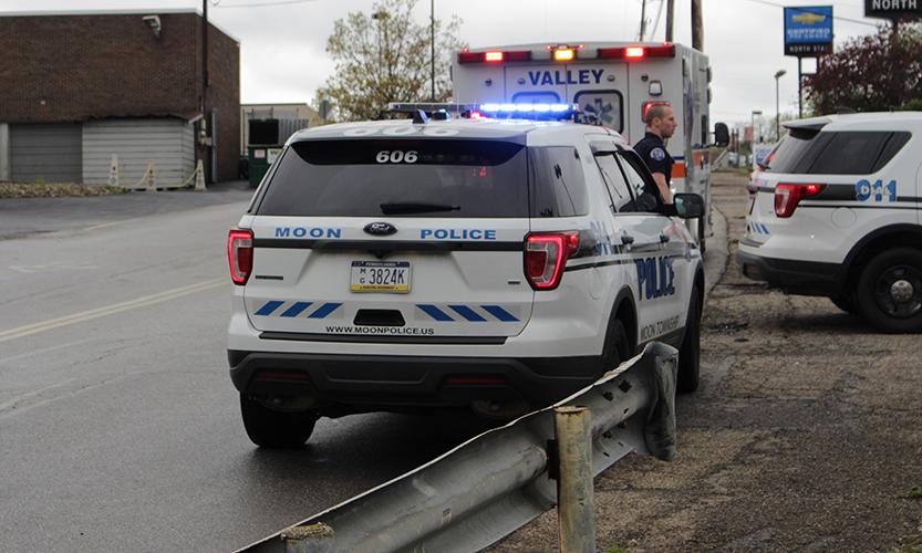 Authorities+respond+to+a+multi-vehicle+accident+on+University+Boulevard+on+April+26%2C+2019.+%0APhoto+Credit%3A+%28RMU+Sentry+Media%2F+John+Blinn%29