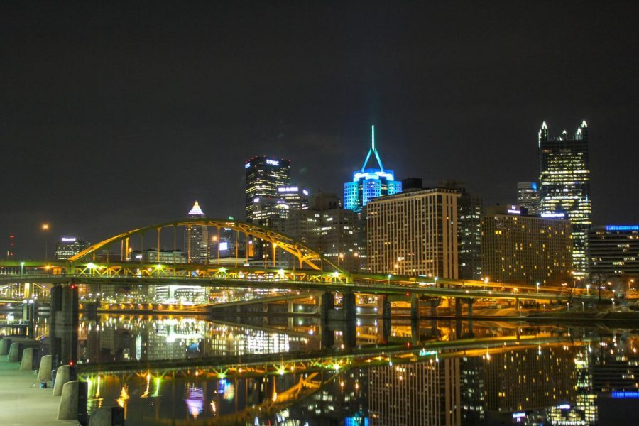 Bridges+and+buildings+in+Downtown+Pittsburgh+reflect+off+the+city%27s+mirror-like+rivers+on+an+early+spring+morning.+Photo+Date%3A+March+29%2C+2019+Photo+Credit%3A+%28RMU+Sentry+Media%2FGage+Goulding%29+Photo+credit%3A+Gage+Goulding