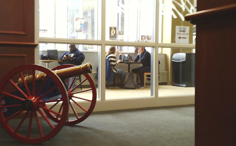Student's studying outside the Heritage Room Photo credit: Jordan Redinger