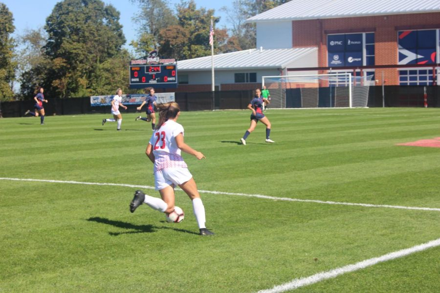 Women's soccer closes out 2019 season in style
